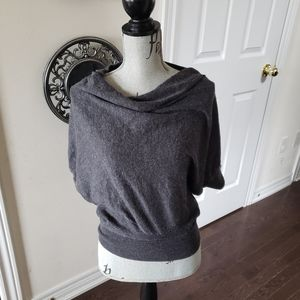 Vince size small lightweight sweater